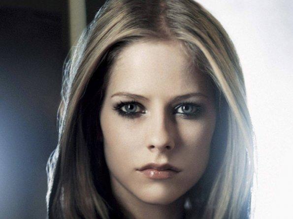 download Avril Lavigne Foto